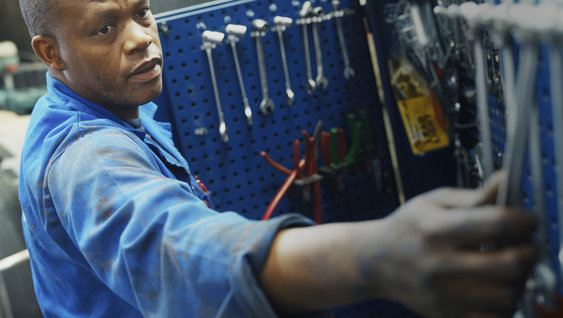 Skilled technicians and the right services mean increased uptime