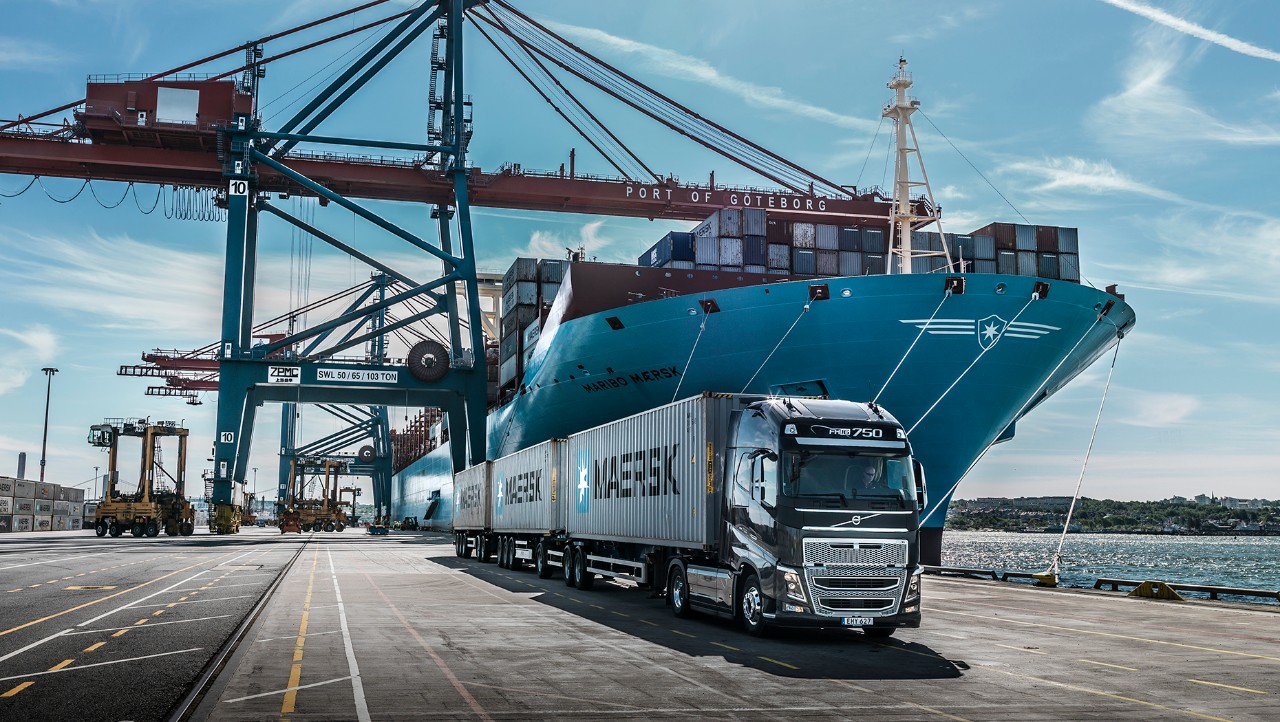Volvo FH driving in harbour area